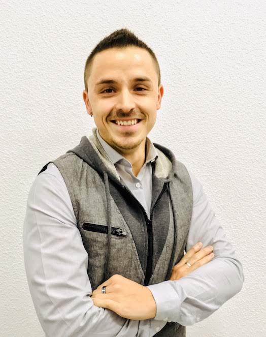 Foto usada como principal de OliverCG: informático y emprendedor, especializándose en marketing digital, SEO y SEM.